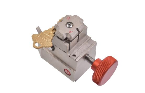 S2 single standard key jaw for Alpha key cutting machine