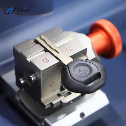 Beta key cutting machine 8